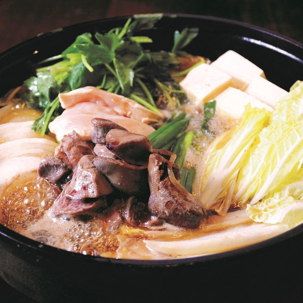 【銘柄地鶏を使用したイチオシコース】華味鳥のすき焼きコース 8品